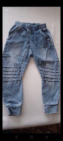 Spodnie dżinsowe rozm 104 na chłopca