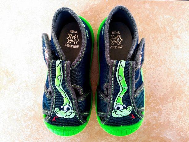 Pantofle obuwie domowe tenisówki snake wąż 23 jak nowe!!