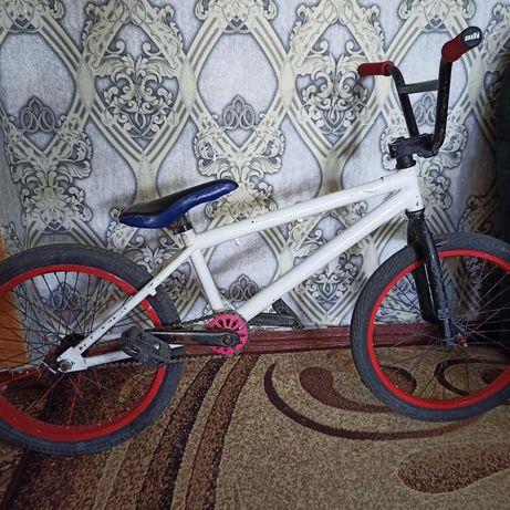 Велосипед  трюковой ВМХ
