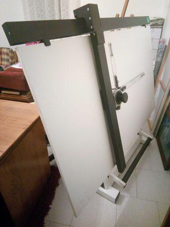 Conjunto de Estirador + capa + máquina de desenho Molin
