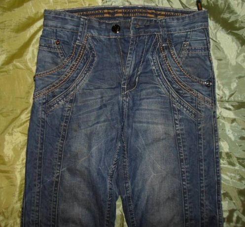 джинсы 2 в 1 W 28 L 32 пояс 80см