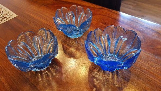 trzy świwczniki świecznik kolorowe szkło prl niebieski chaber