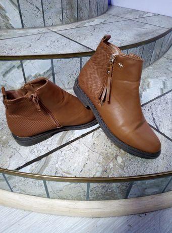 Сапожки ботинки на девочку