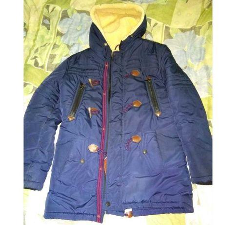 250грн.Продам зимнюю куртку (парка)