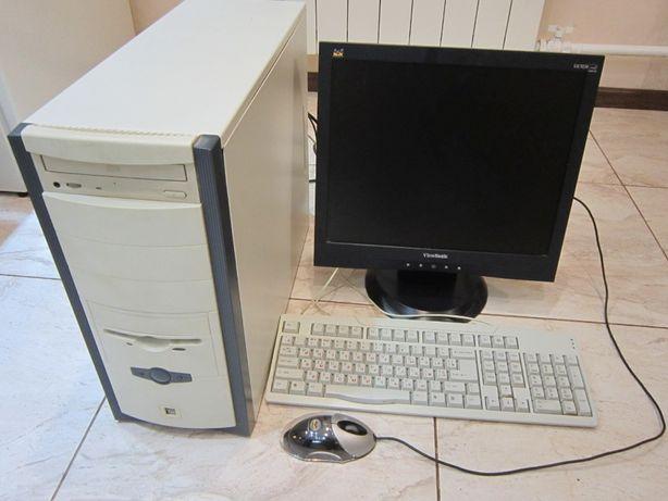 """Монитор 17"""" + Системный Блок Athlon 2800+\768 Mb\80 Gb\ATI 128 Mb"""