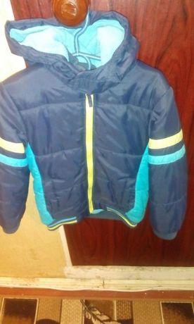 Демисезонные курточки на 4-5 лет