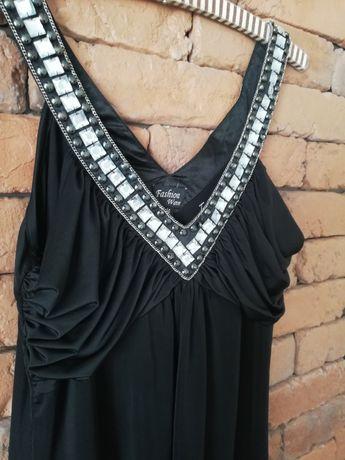 Sukienka firmy Fashion Wave w rozmiarze XL