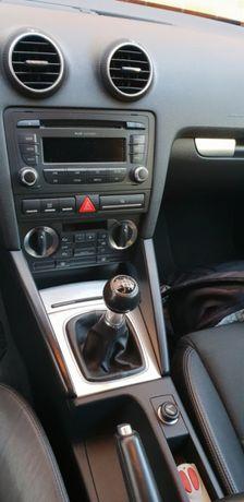 Auto radio audi concept