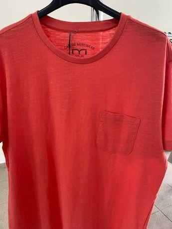 """Tshirt cor coral """"MLN"""" Tamanho M, Homem"""