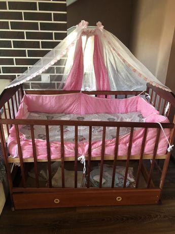 Продам детскую кроватку с ящиком