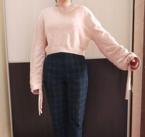 Укороченный вязаный свитер розовый пудровый H&M DIVIDED