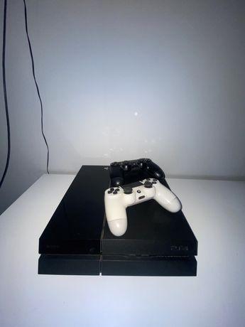 PlayStation 4 PS4 500GB z słuchawkami bez gier