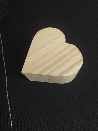 Szkatułka serce drewno