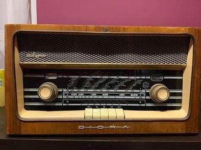 Radio zabytkowe