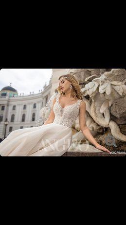 Весільне плаття. 52 розмір,ідеальний стан!