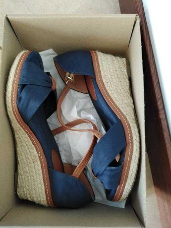 Buty sandały na koturnie ccc r. 38