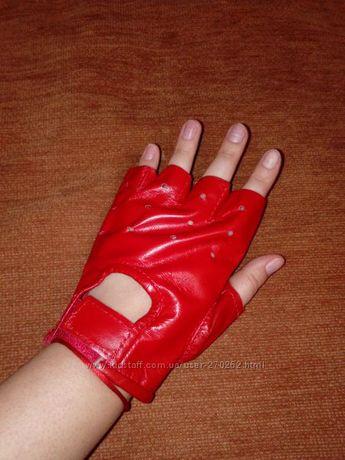 Кожаные перчатки для фитнеса и атлетики