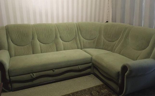 Срочно продам угловой диван