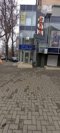 Сдам магазин 110 м2 Пересечение Богдана и Университетской