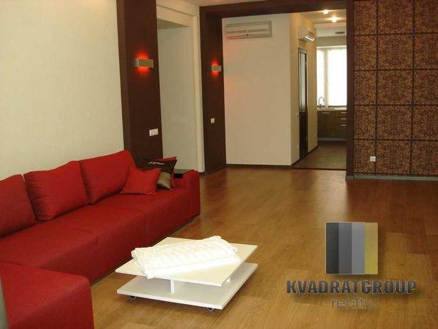СДАМ 4 к квартиру на бульваре Кучеревского. Новострой. 170 м2