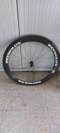 Roda de carbono reynolds
