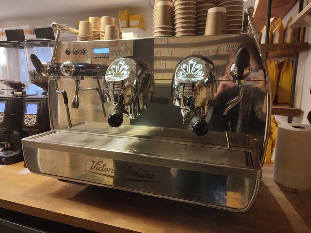 Ekspres do kawy Victoria Arduino Adonis