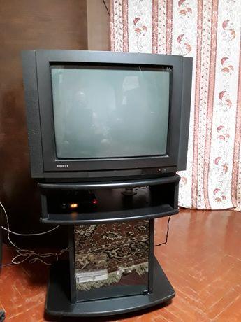 Телевизор ВЕКО с тумбой