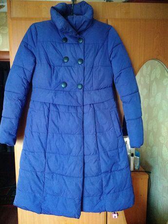 Куртка на девочку 10-12 лет.