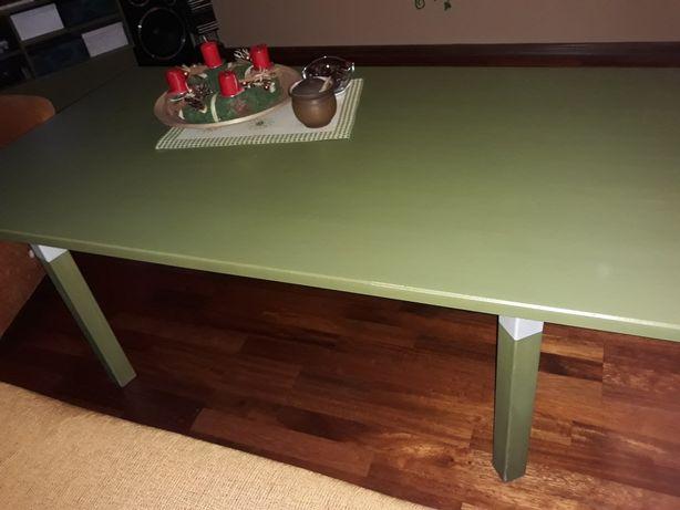 Solidny bukowy ławo-stół.