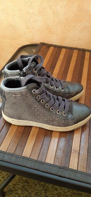 Продам осінні черевики Geox, демісезонні Geox,