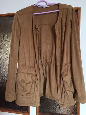Легка кофта-курточка