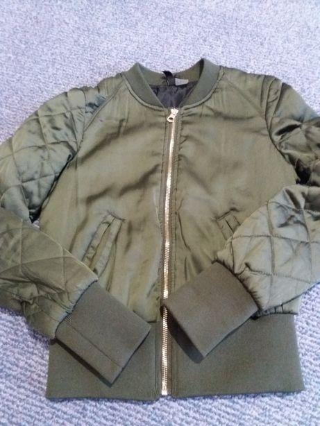 Куртка-бомбер на дівчинку на 146-152р.