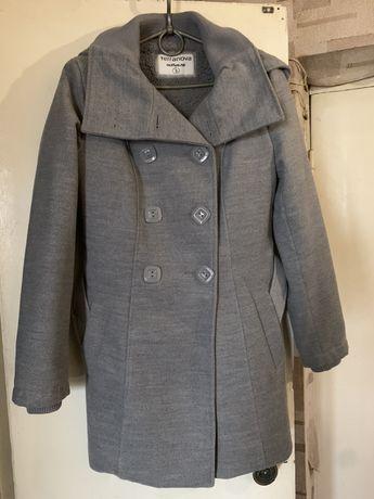 Пальто женское Terranova