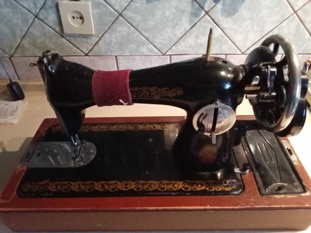 Продам швейную машинку Подольск