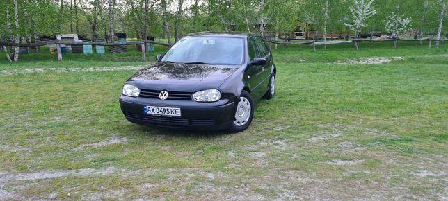 Volkswagen Golf IV 1.4 бензин 2001 год