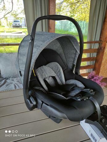 2 автокресла для младенца,до 13 кг.