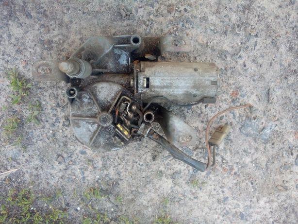 Моторчик заднего дворника Ford Escort mk4