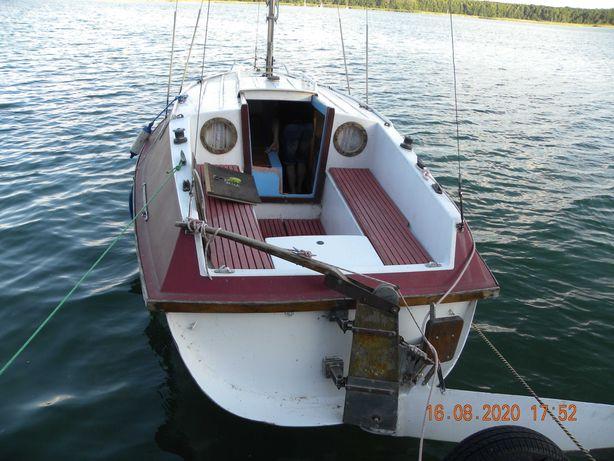 Jacht kabinowy 7 osobowy Mak 707