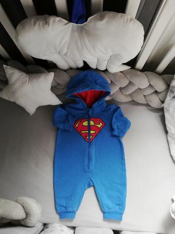 #słodziutki kombinezon Superman#