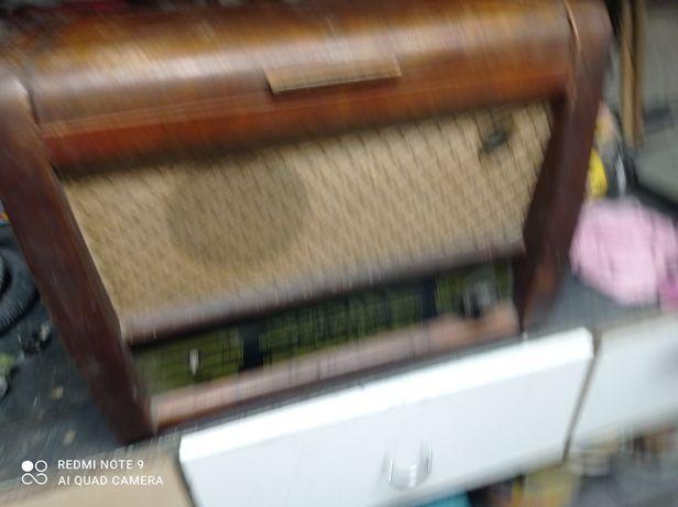 Radio antyczne drewniane