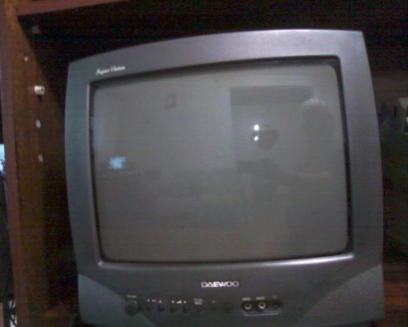 Телевизор DAEWOO .