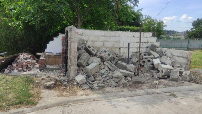 Oddam gruz  - cegły i bloczki z rozbiórki