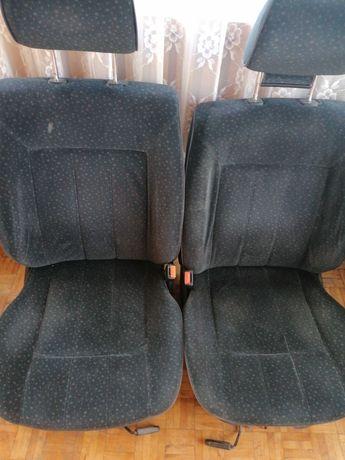 Komplet siedzeń Passat b4