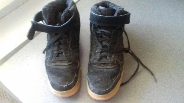 высокие зимние кроссовки  для подростка