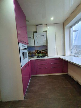Продам двухкомнатную квартиру район Влади