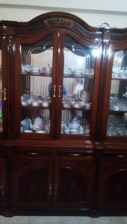 Movel de sala com vitrina (Sem decoracao)