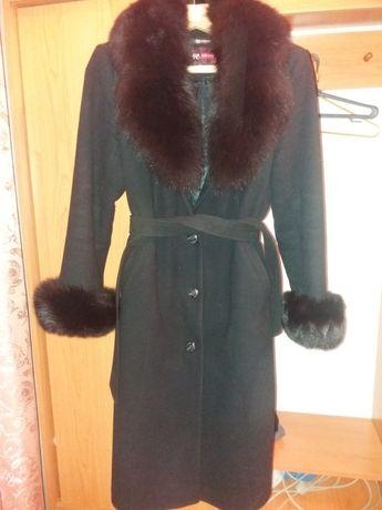 Продам пальто, почти не носилось