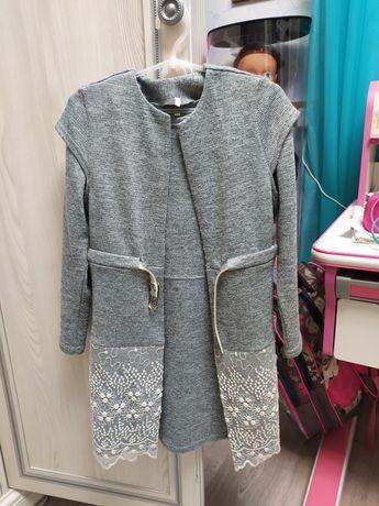 Платье+безрукавка р140