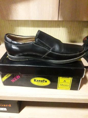 Школьные туфли кожа