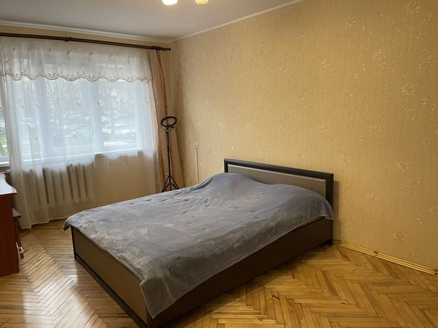 Продаж 3 кімнатної квартири вул. Грінченка